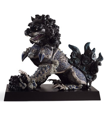Guardian Lioness (black) Lladro Figurine