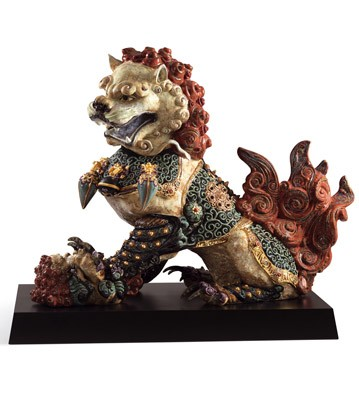 Guardian Lioness (red) Lladro Figurine