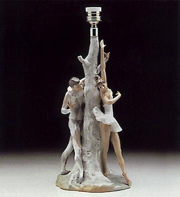 Harlequin Colombine(lamp) Lladro Figurine