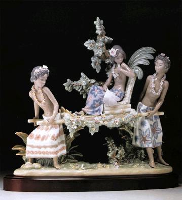 Hawaiian Festival (l.e.) Lladro Figurine