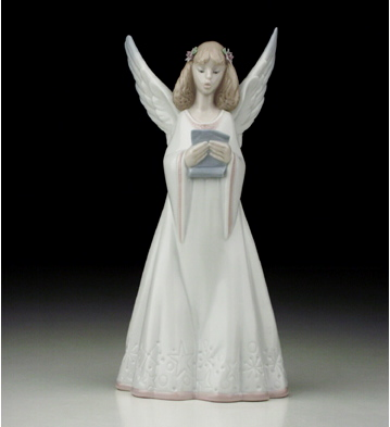 Heavenly Melodies Lladro Figurine