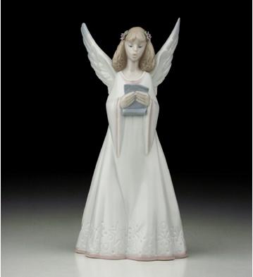 Heavenly Melodies Lladro Figurine