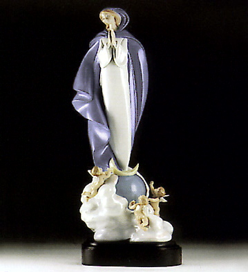 Heavenly Prayer Lladro Figurine