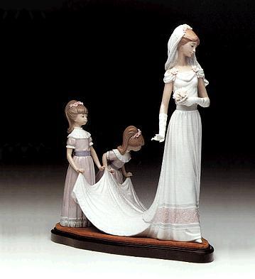 'here Comes The Bride'(b) Lladro Figurine