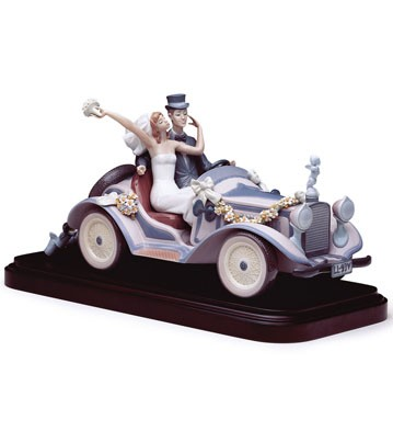 Honeymoon Ride(b) Lladro Figurine