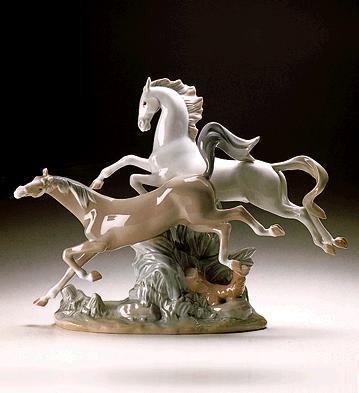 Horses Galloping Lladro Figurine