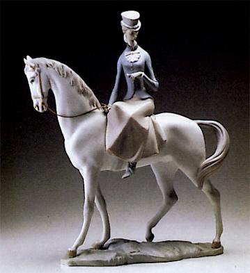 Horsewoman Lladro Figurine
