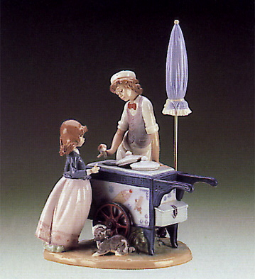Ice Cream-vendor Lladro Figurine