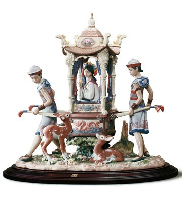 In The Emperor's Forest Lladro Figurine
