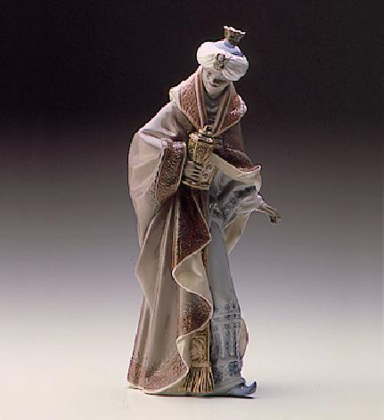 King Baltasar-white Lladro Figurine