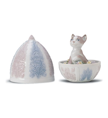 Kitty Surprise Lladro Figurine