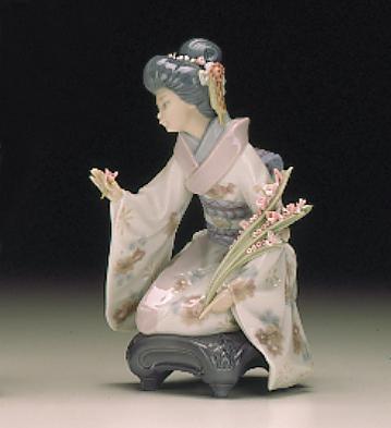 Kiyoko Lladro Figurine