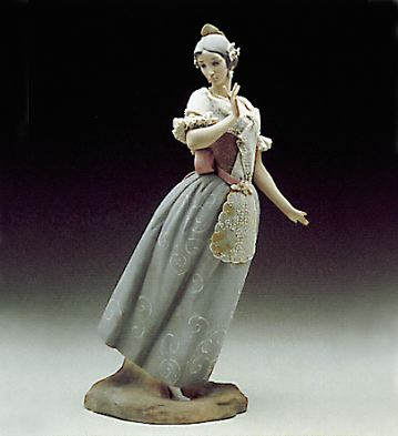 Lady From Valencia Lladro Figurine