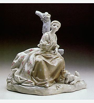 Lady With Cupid Lladro Figurine