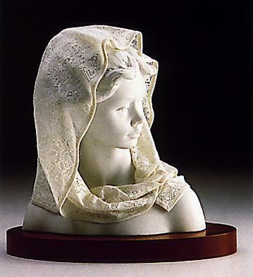 Lavender Lady(b) Lladro Figurine