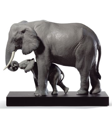 Leading The Way Lladro Figurine