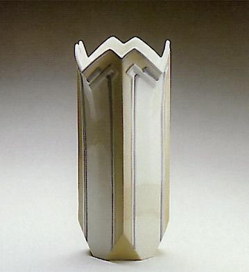 Lge. Lily Vase Lladro Figurine