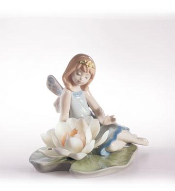 Lillypad Love Lladro Figurine
