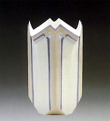 Lily Vase Lladro Figurine