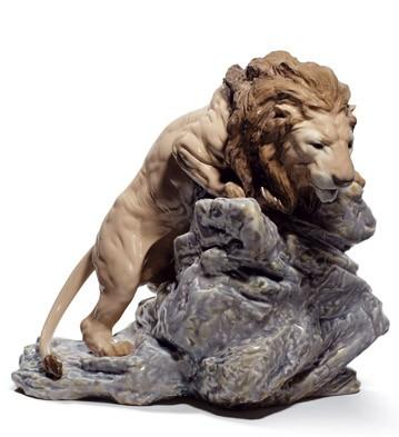 Lion Pouncing Lladro Figurine