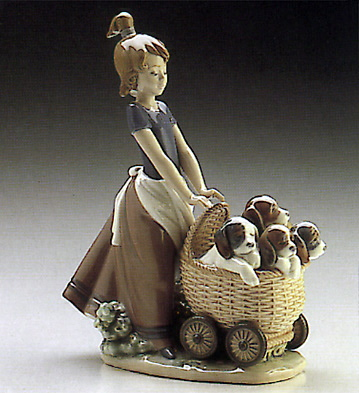 Litter Of Fun Lladro Figurine