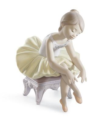 Little Ballerina I Lladro Figurine