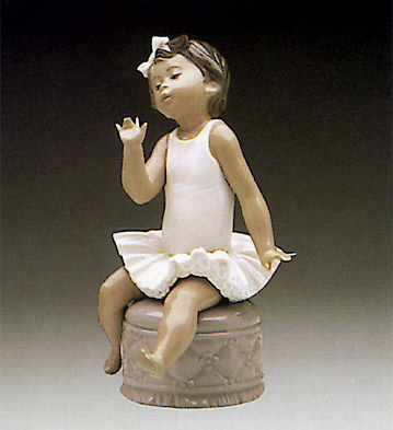 Little Ballet Girl White Lladro Figurine