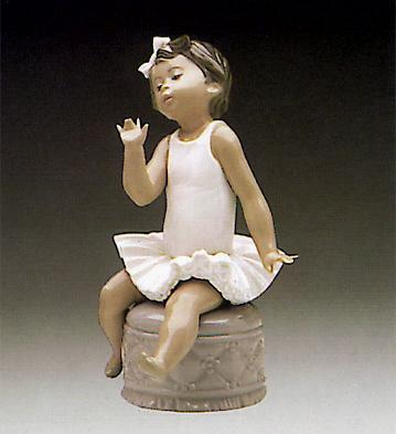 Little Ballet Girl White Lladro Figurine