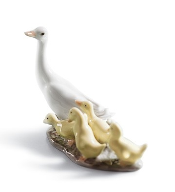 Little Ducks After Mother Lladro Figurine