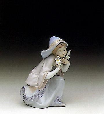 Little Virgin Lladro Figurine