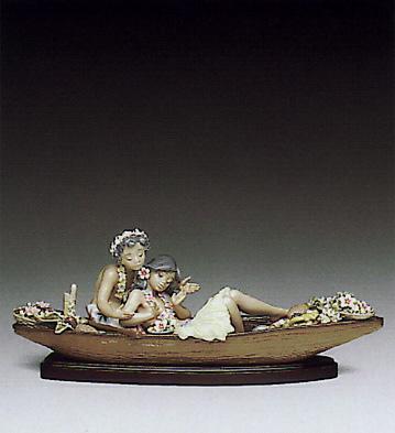 Lover's Paradise (b) Lladro Figurine