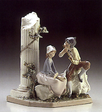 Lovers Serenade Lladro Figurine
