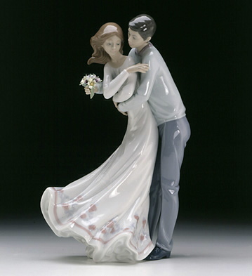 Love's Embrace Lladro Figurine