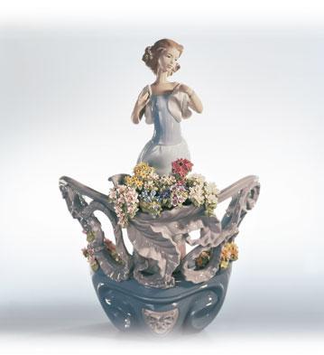 Love's First Light Lladro Figurine