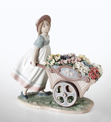 Love's Tender Tokens Lladro Figurine