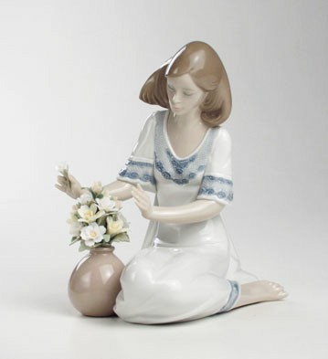 Loving Bouquet Lladro Figurine