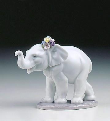 Lucky Strolling Lladro Figurine