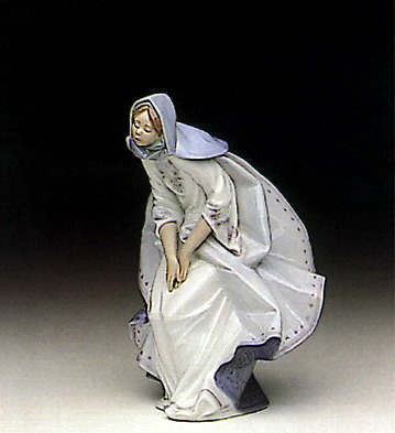 Mary Lladro Figurine