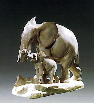 Maternal Elephant Lladro Figurine