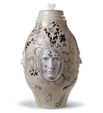 Medium Conversation Vase Lladro Figurine