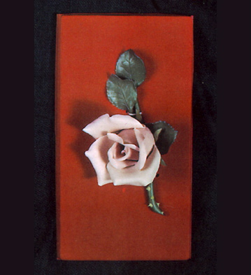 Medium Rose In Case Lladro Figurine