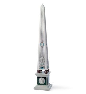 Medusa Obelisk Lladro Figurine