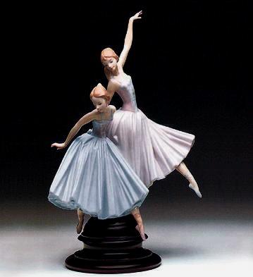 Merry Ballet (b) Lladro Figurine