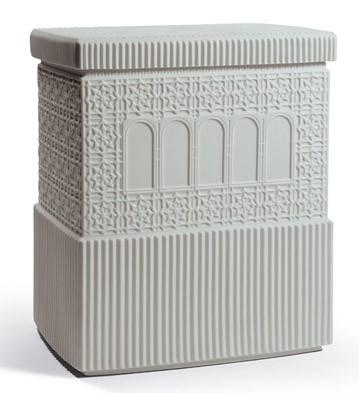 Metropolis - Box (light Grey) Lladro Figurine