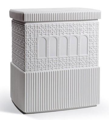 Metropolis - Box (white) Lladro Figurine