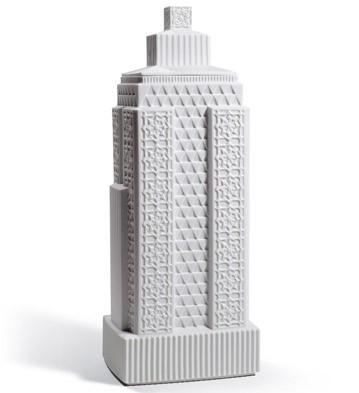 Metropolis - Vase Iii (white) Lladro Figurine