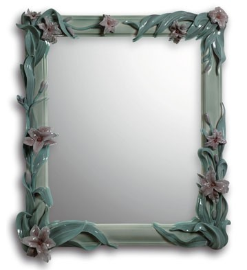 Mirror With Lilies (green) Lladro Figurine