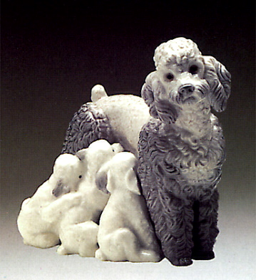 Mother With Pups Lladro Figurine