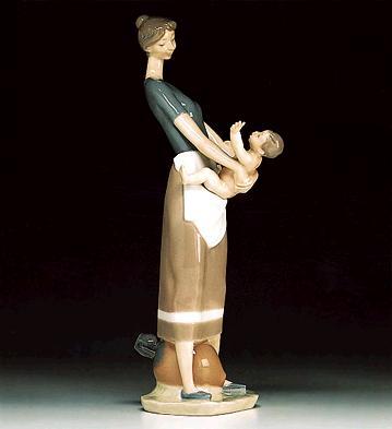 Motherhood Lladro Figurine