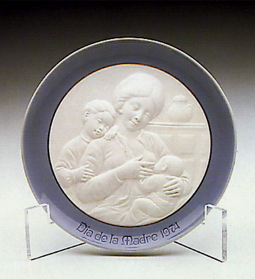 Mother's Day Plate 1974 Lladro Figurine